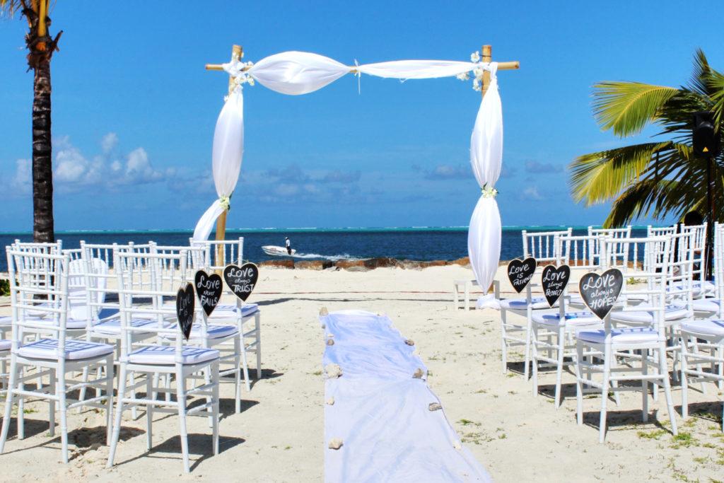Wedding Decorations in Beach